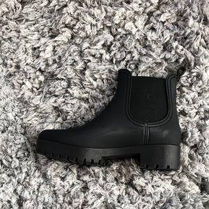 Rain boots/winter boots